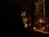 77-skamieniale-miasto-w-ciezkowicach-skalka-z-krzyzem-fot-piotr-firlej-www-skamienialemiasto-pl_